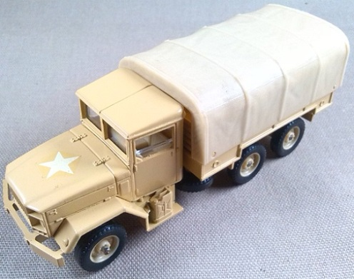 M-35 truck, US Army, escala 1/50, Solido
