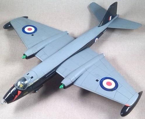E.E. Canberra B.2, RAF, escala 1/72, Corgi