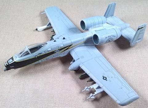A-10A, 103rd FW, Connecticut ANG, escala 1/100, Italeri