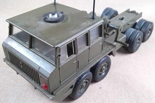 cabeza tractora pesada Berliet T12, escala 1/50, Solido