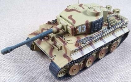 PzKpfw VI Tiger Ausf. E, Sch.Pz.Abt. 506, Lukanjowka (URSS), 1943, escala 1/72, IXO-Altaya