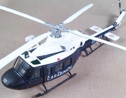 Agusta-Bell 412 de los Carabinieri, escala 1/100, Italeri