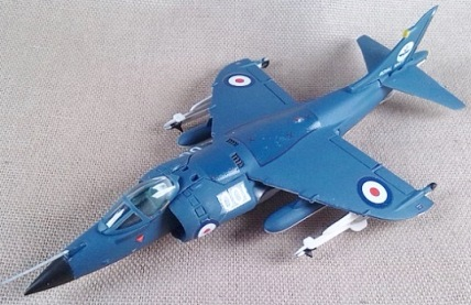 Sea Harrier FRS.1 de la Royal Navy, escala 1/100, Italeri