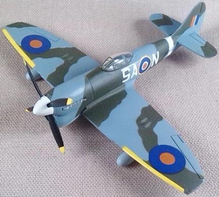 Tempest Mk.V de la RAF, escala 1/100, Italeri