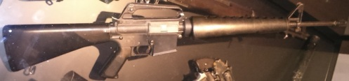 fusil de asalto M-16 capturado al IRA, Imperial War Museum, Londres